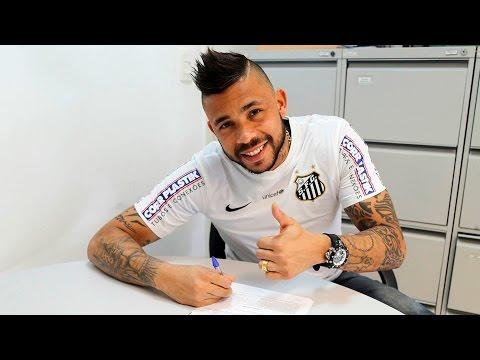 Vladimir renova contrato com o Santos FC