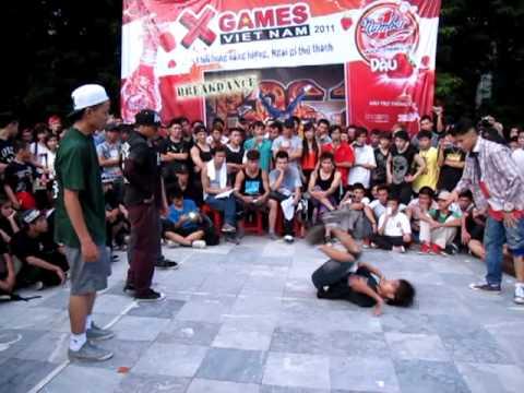 XGAME VIET NAM 2011   OFFLINE HA NOI   THI DAU BBOY