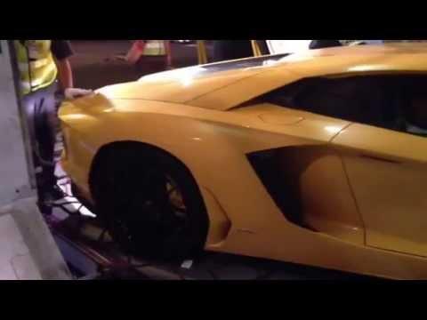 Carry Lamborghini on TG401