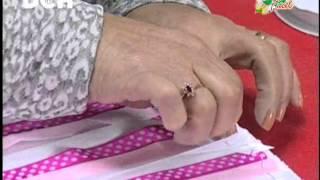Repeat youtube video Cojin con Cubos de Cinta - Irma Ramos