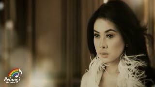 [3.13 MB] Pop - Syahrini - Sesuatu (Official Music Video)