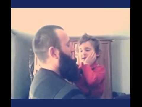 видео: Отец и сын прощаются