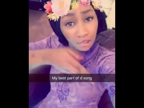 Female Fans Enjoying Classiq Song - AnFara