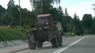Приколы на тракторах экстремальные трактористы рекомендую посмотреть