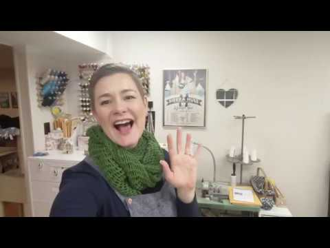 vlogmas-day-5---sewing-room-decor!