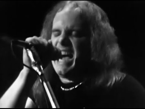 Lynyrd Skynyrd - On the Hunt - 4/27/1975 - Winterland (Official)