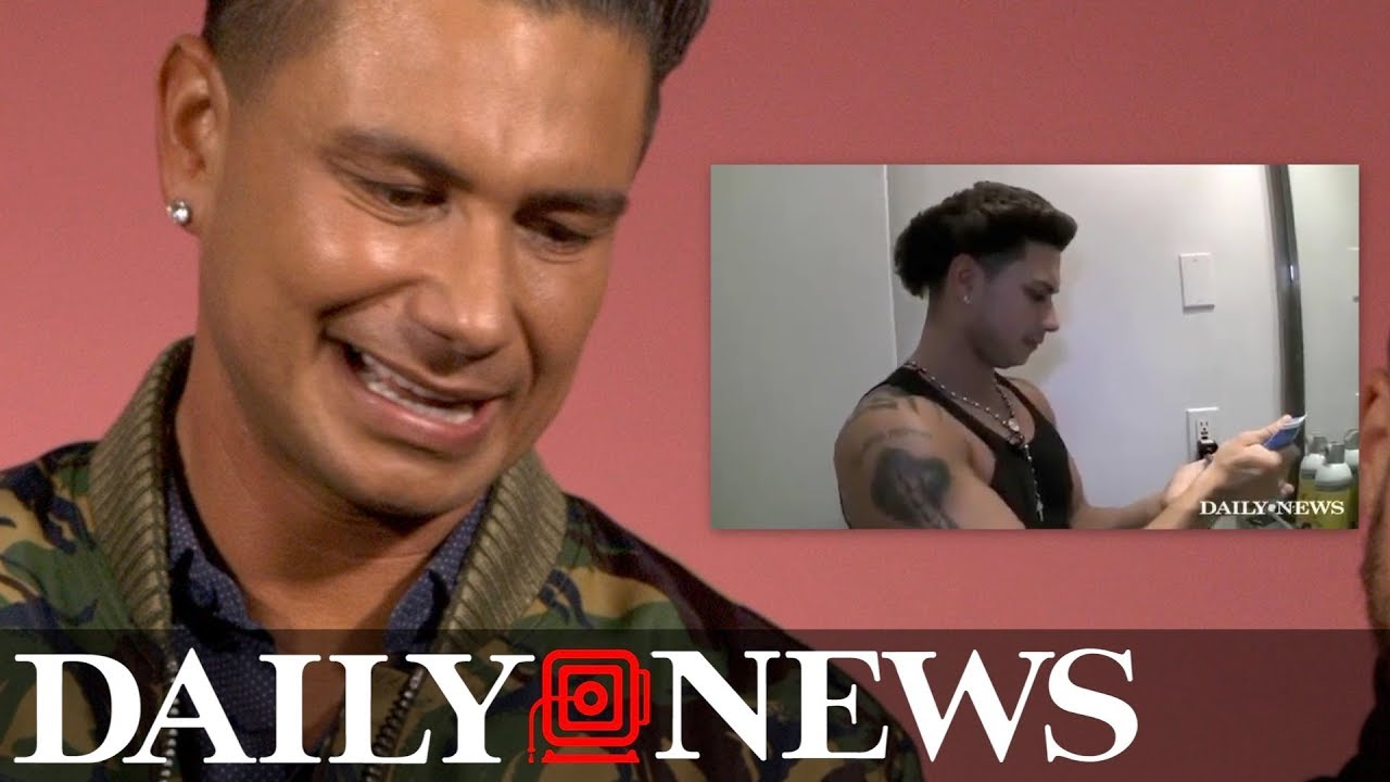 351083742b88e  Jersey Shore  s DJ Pauly D watches old video of himself doing his hair