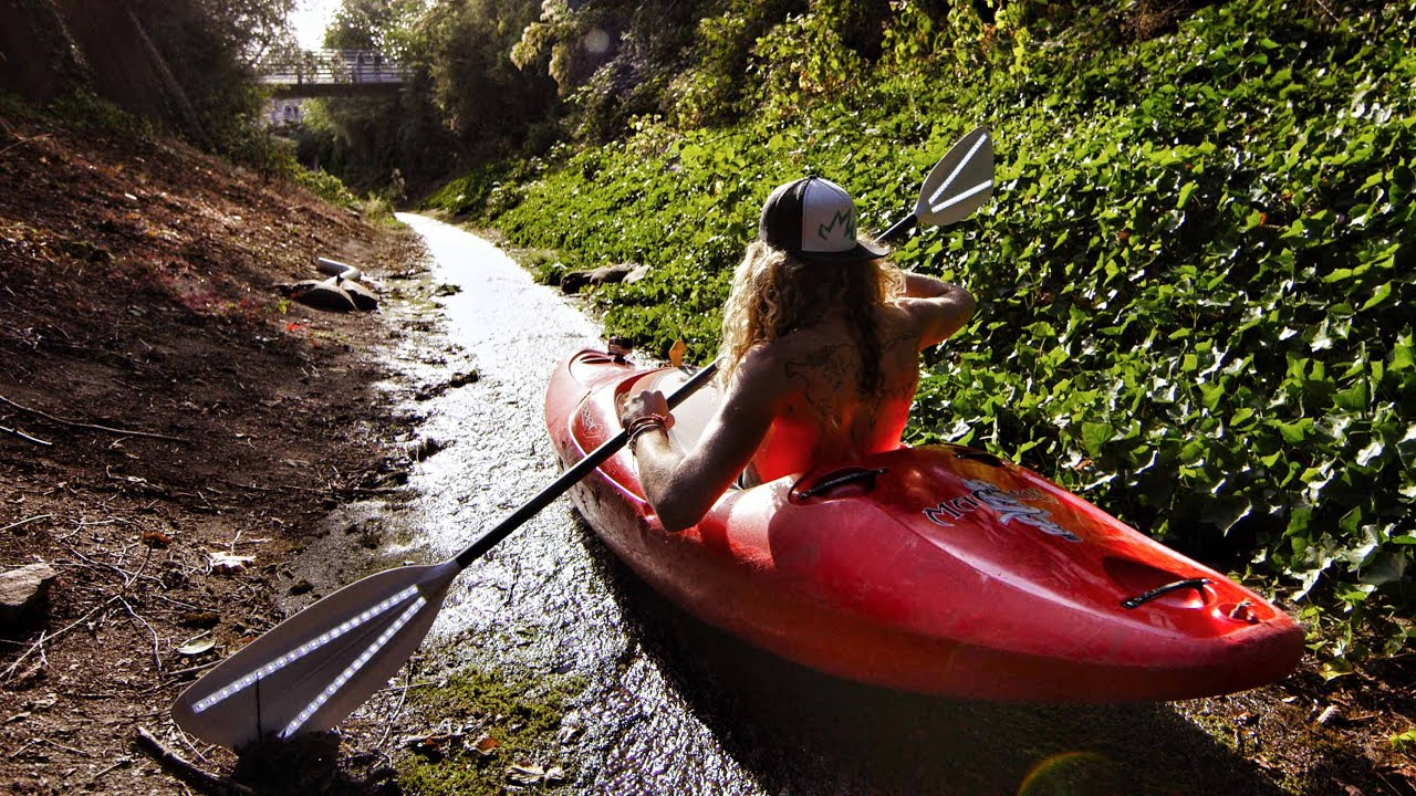 Urban Kayaking with Torch Paddles | DEVINSUPERTRAMP