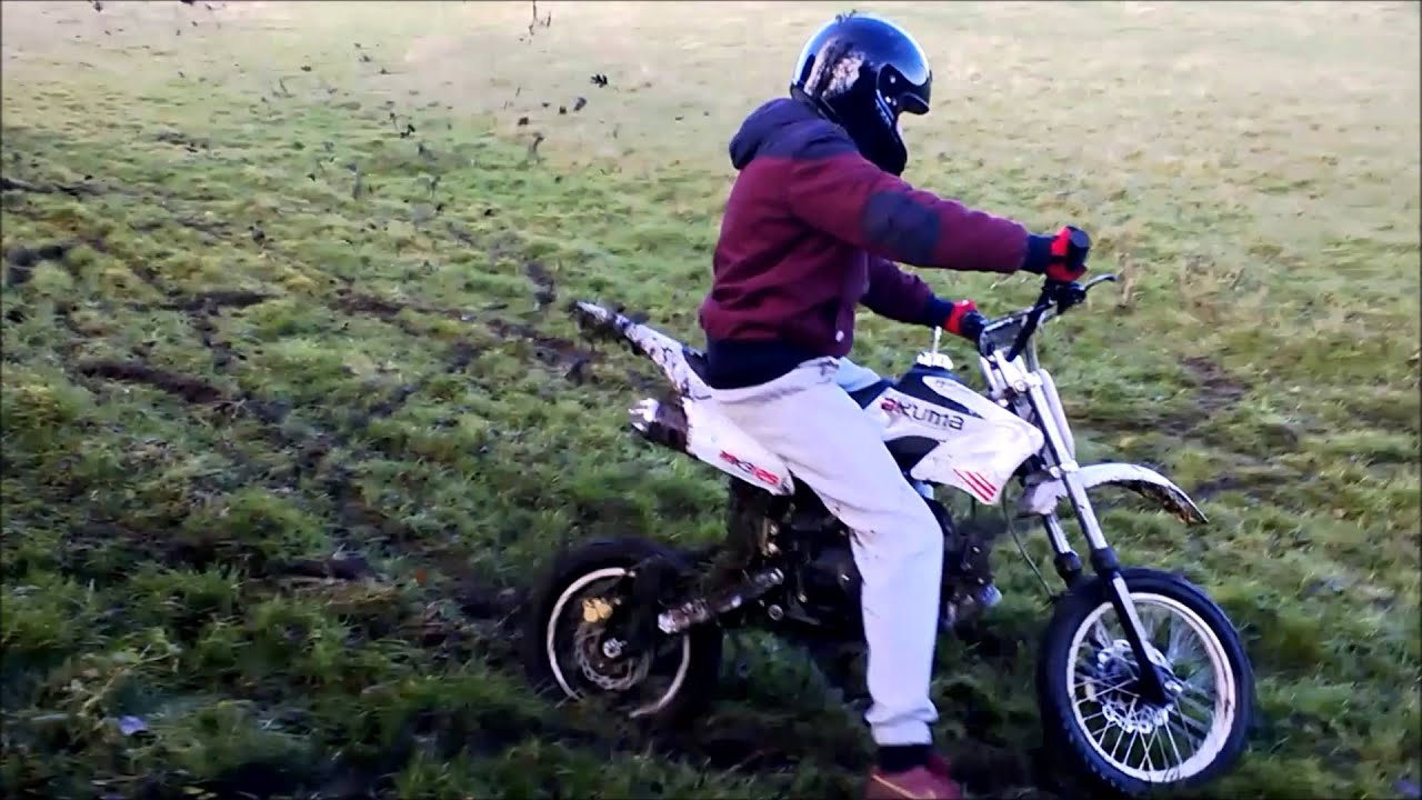 Akuma Assassin 125cc Being Ragged Pissing About On A Pitbike Ep