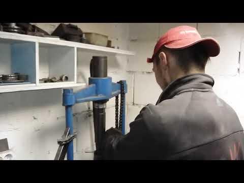 Ровняем колени выхлопных труб ИЖ-49