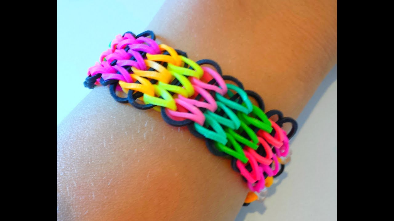 tutoriel r aliser un bracelet lastique manchette avec une seule machine rainbow loom. Black Bedroom Furniture Sets. Home Design Ideas