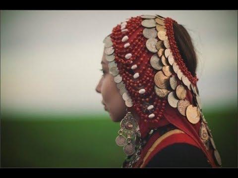 Башкирские традиции. Кашмау - головной убор башкирских женщин. Русские субтитры