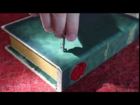Harry Potter custom made music box with golden snitch inside