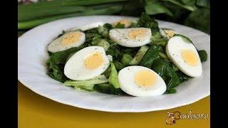 Летний зеленый салат со шпинатом и яйцом Диетические блюда