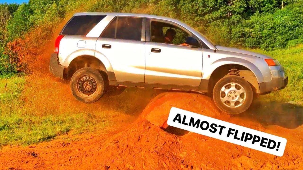 Saturn CAR DUMP TRUCK TIRE JUMP!