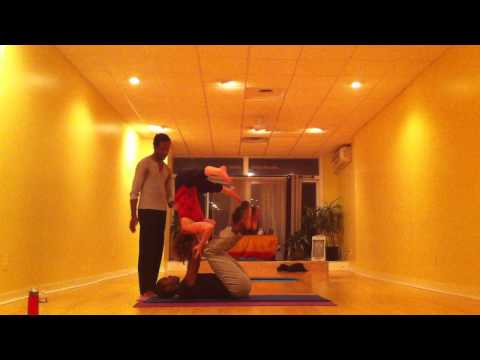 Acrobatic Yoga Class Flow with Lex Peters 2014.June.12