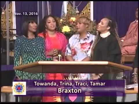 The Braxtons singing 'The Lord's Prayer' at Hillside