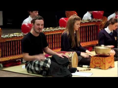 Teach and Play Balinese Gamelan