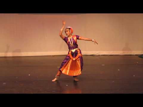 Subhalakshmi: Laaga Chunri Mein Daag at Cultural event for Telangana Formation Day Louisville KY USA