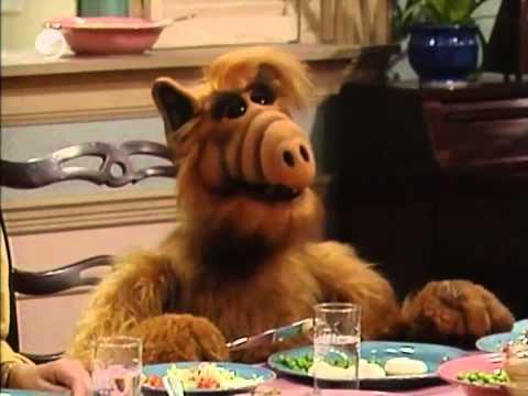 Mejor escena de Alf (Español latino)