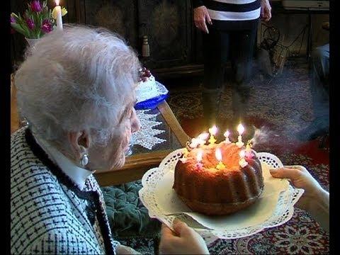 Frieda Friedrich aus Wiesbaden wird 105 Jahre alt