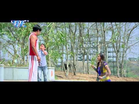 Full Comedy Scene Of Dinesh Lal Yadav, Anjana Singh   Funny Clip Of  2014