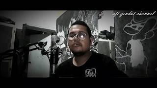 Cover lagu Ngelabur Langit by Adjie