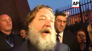 Russell Crowe Attends 'Gladiator' Screening At Rome's Colosseum, Where It's Shown With A Live Orches