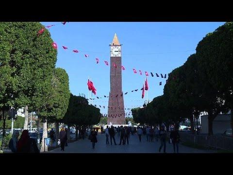 Tunisian graduates face low-skills job market