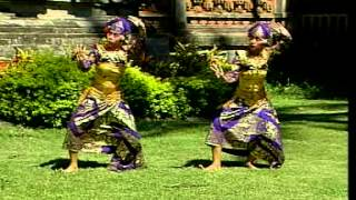 Vacation to Bali : Watch Balinese Dance : Tari Teruna Jaya (Teruna Jaya Dance)