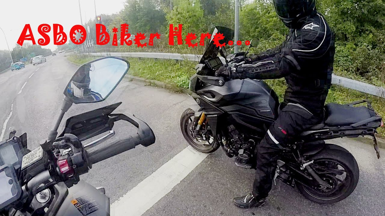 yamaha mt 09 tracer fj 09 with loud akrapovic exhaust. Black Bedroom Furniture Sets. Home Design Ideas