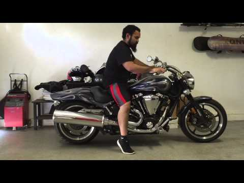 How to Back Up a Motorcycle - YouTube