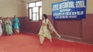J.U.S.S INTERNATIONAL SCHOOL Girl VIRAL VEDIO 2018