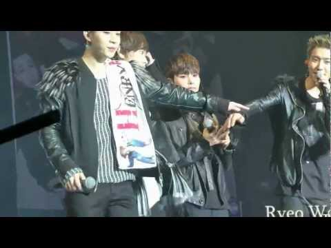 [HD FANCAM][百度金厉旭吧]20130119 SJM NanJing FM_Bread Down_Ryeowook focus (another version)