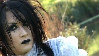 Moi dix Mois - Documentary / Vlogs of DIXANADU in Europe [HD 1080p]