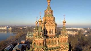 Собор св. Петра і Павла в Петергофі