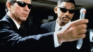 """Как сейчас выглядят актеры знаменитого фильма """"люди в черном""""!! СПУСТЯ МНОГО ЛЕТ!!"""