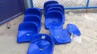 Aficionados del Club León destrozan butacas del Estadio de Celaya