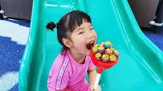 할아버지!! 유니와 맛있는 사탕 같이 먹어요 ~ Pororo Pinkfong Candy - Romiyu 로미유