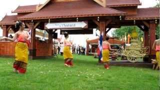 Thai Dance Academy open Taste of Thailand at Taste of London 2012