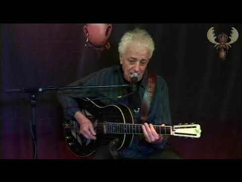 Doug Macleod - Raylene - live at Bluesmoose Radio