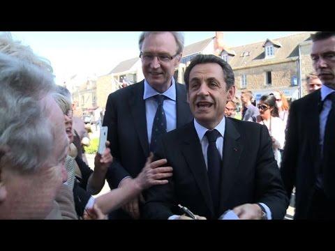 France's Sarkozy announces political comeback