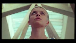 Смотреть клип Nicolas Godin Ft. Cola Boyy - The Foundation