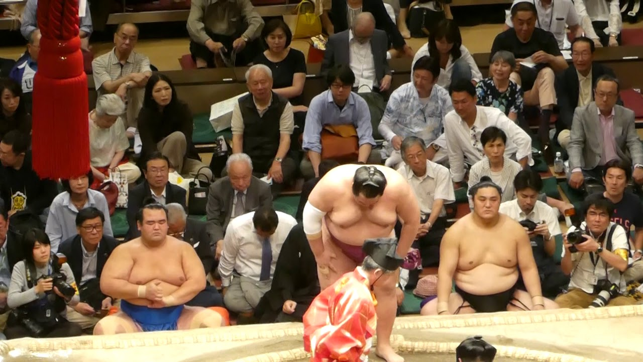 Myogiryu (5-8) - Tomokaze (6-7) , Sumo : Natsubasho '19