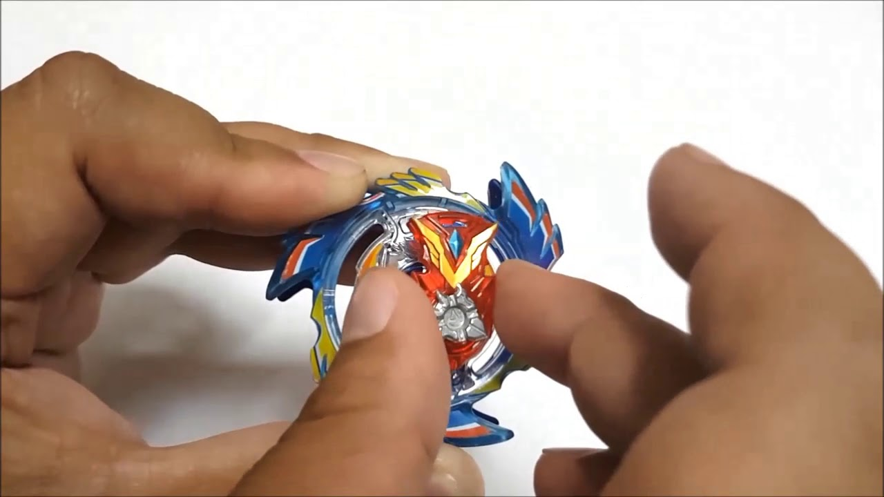 Download [Beyblade Burst] Strike God Chip (WBBA Campaign ver.) Unwrapping and Overview