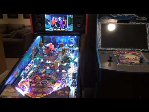 Batman 66 pinball machine super LE by Stern Pinball