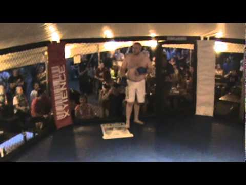 AEC11 David Ambler vs Levi Humm