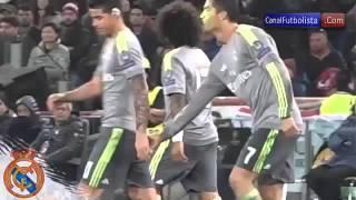 Cristiano Ronaldo mete el dedito a james rodriguez thumbnail