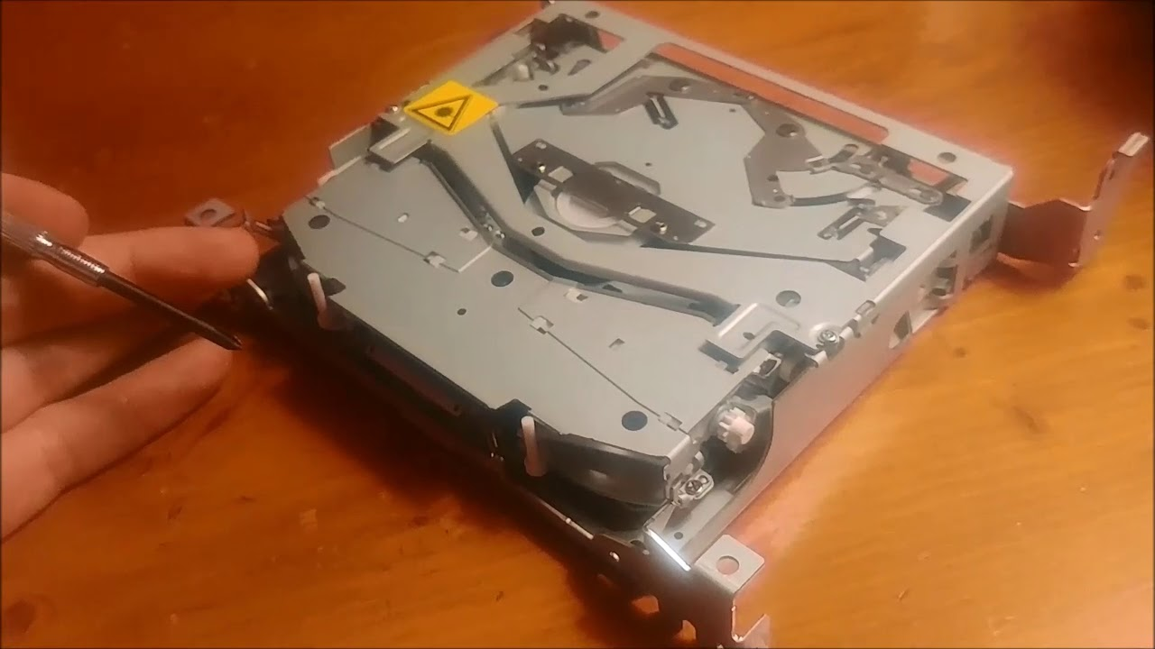 how to fix a car cd player that won t load or eject discs [ 1280 x 720 Pixel ]