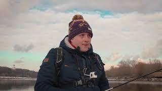 Самый жадный окунь Москвы реки Рыбалка на спиннинг в Коломенском